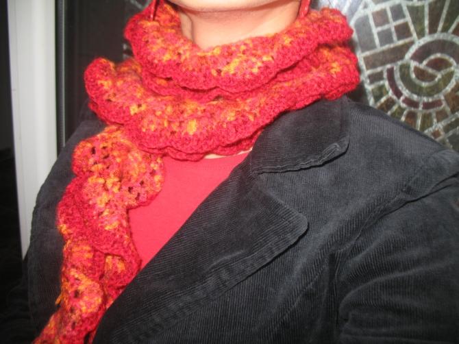 fluffy red - fular crosetat